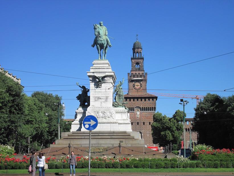 Milano._Garibaldi._Castello_Sforzesco_IMG_5688